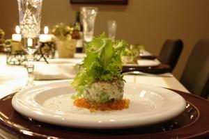 Turn de somon cu salata verde si icre de Manciuria