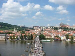 Praga - Podul Charles plin de turisti
