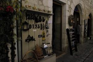 Un frumos magazin de suveniruri