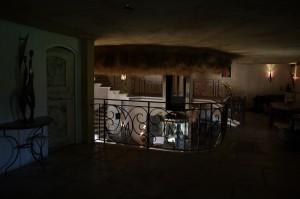 Lourmarin - Scara interioara si holul