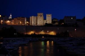 Marsilia frumos luminata noaptea