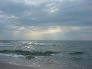 Soare printre nori
