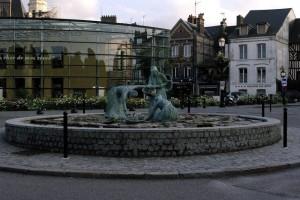 Sens giratoriu in Honfleur