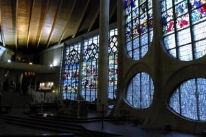 Biserica sub forma de barca inchinata Ioanei D'Arc