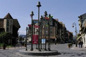 Sens giratoriu in Deauville