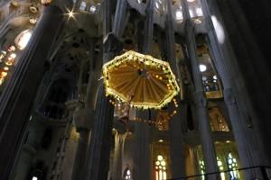Una dintre putinele reprezentari ale lui Isus din toata catedrala