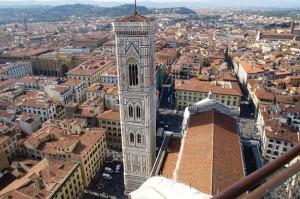 Turnul clopotnitei (Campanile) proiectat de Giotto