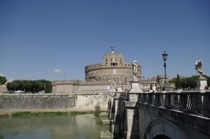 Sant'Angelo - Mausoleul lui Hadrian si mai tarziu locul de refugiu al Papilor
