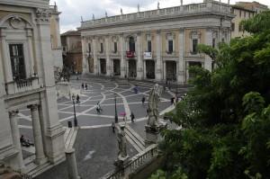 Piata proiectata de Michelangelo, Campidoglio