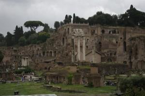 Plimbarea printre ruinele Romei Antice ne-a placut, chiar daca ploua